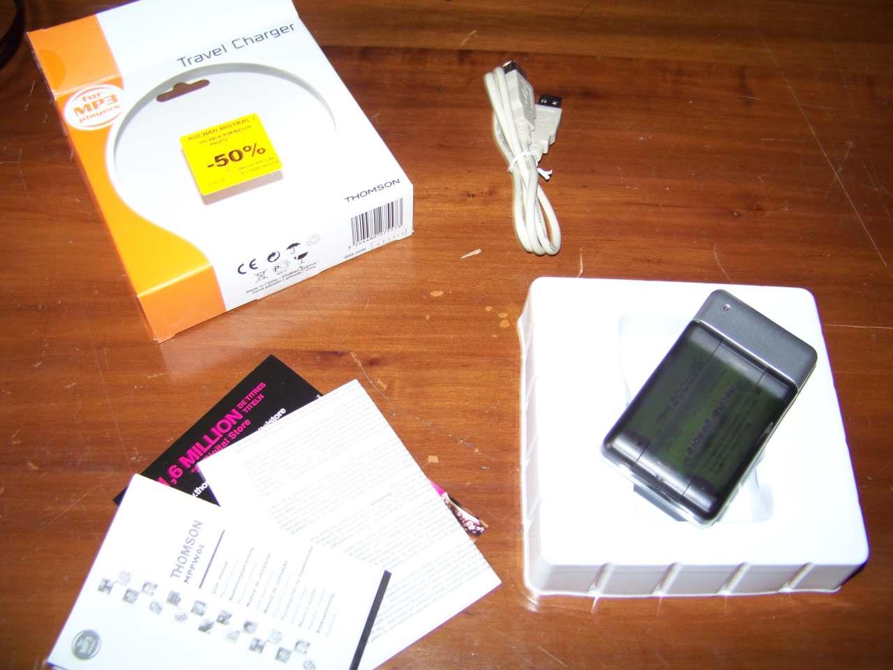 Chargeur autonome pour téléphone mobile ...  Thomson-mppw04-01