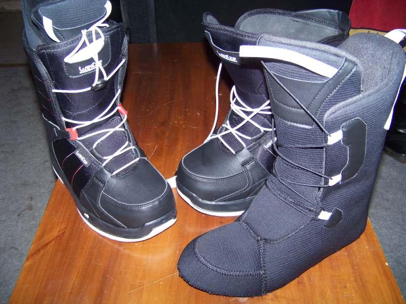 La bonne affaire, inatendue ...  Bottes-snowboard-03